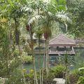 写真:グヌンカウィ スバトゥ寺院