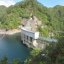 川俣湖は川治ダムによって形成された人造湖
