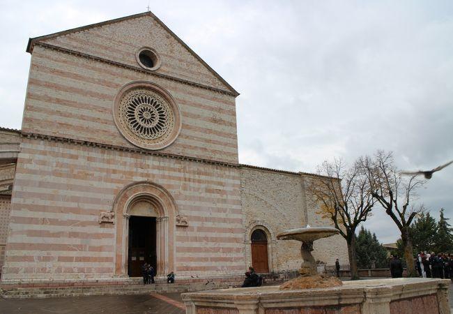 聖女キアラの聖堂