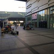 浜松駅近くのパブリックスペース