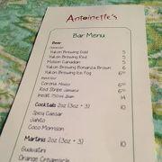 WH Antoinett's