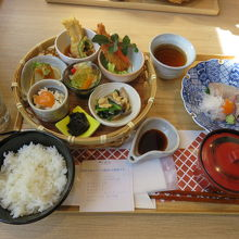 レストラン 萩暦