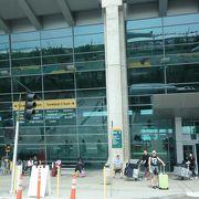 JALの直行便で来ました
