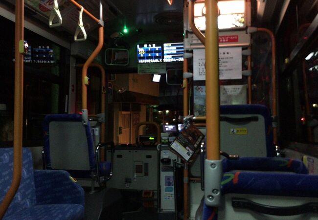 中・小型バスの運行が増えました。