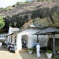ダンブッラ石窟寺院