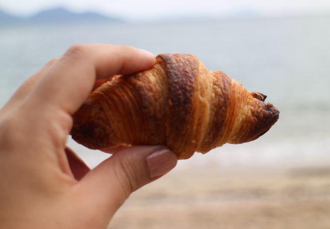 小さなパン屋さん。