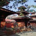 写真:Tridevi Mandir
