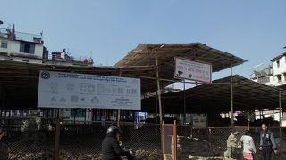 カスタマンダプ寺院