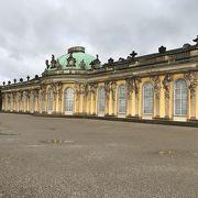 ロココ様式の宮殿