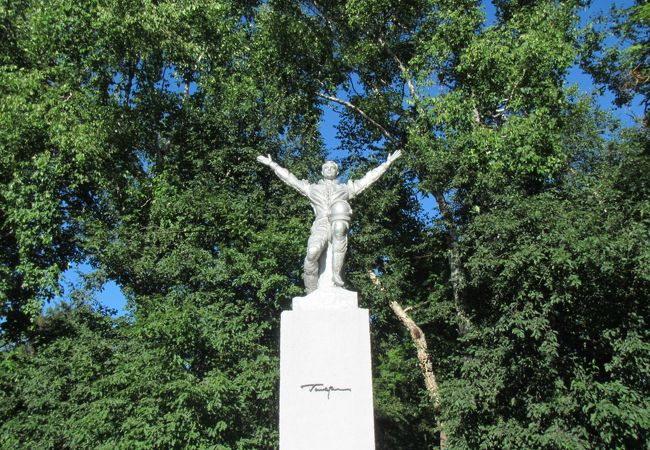 ガガーリン像