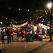 年末のソカロ広場はお祭り気分