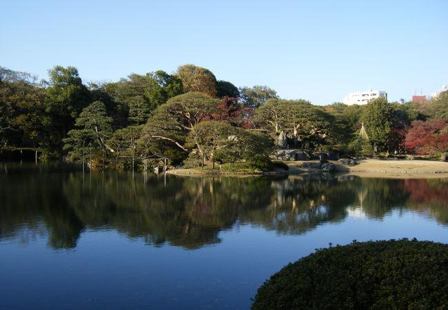 六義園 玉藻の磯