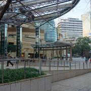 イベントが開催される広場