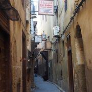迷路の路地で入り組んだ旧市街地は迷子になりそう