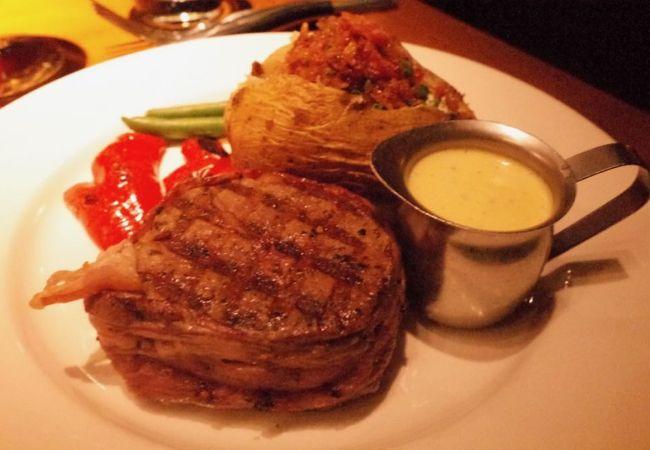 カナダのステーキも2つ