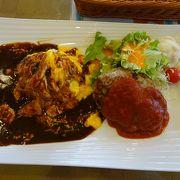 足柄SA上り線内のレストラン(ロータス・ガーデン)