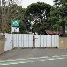 横浜共立学園本校舎