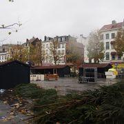 クリスマスマーケットが開かれる