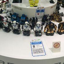 色々なロボットがいました