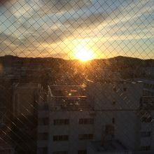 部屋からの朝日