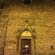 フィレンツェで最古の教会のひとつ