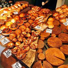 パンの種類は充実