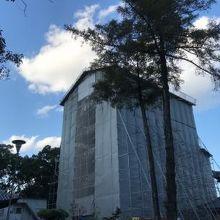 五重塔は改修中