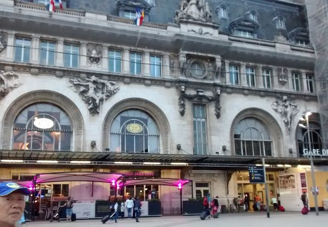 パリ観光案内所 (リヨン駅)