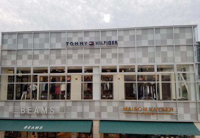 ニューヨーク発の人気ファッション店