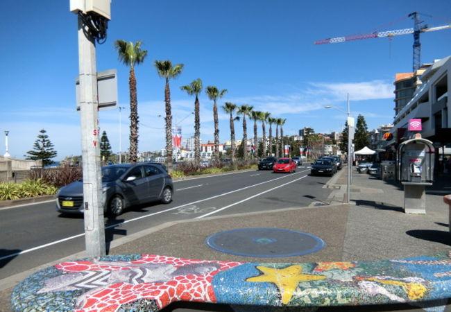 ボンダイビーチエリアのメインストリート