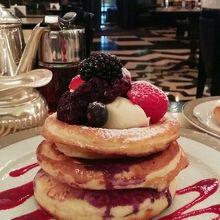 優雅な雰囲気の中で朝食  The Wolseley