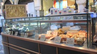 メトロポール カフェ (QVB店)
