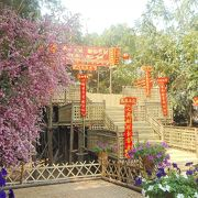 飾り付けを見るのが楽しみな寺院