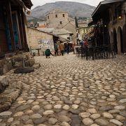 冬は閑散「モスタル旧市街の古橋地区」