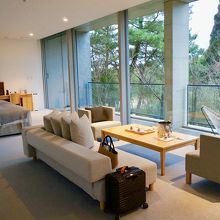 お部屋はシンプルなインテリア。とても好きなタイプ♪♪