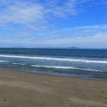 穏やかな波でした