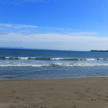 とても綺麗な海岸線です