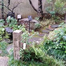 庭園の入口