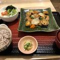 写真:大戸屋 三田店