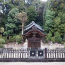 聖徳太子御廟(ごびょう)