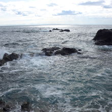 安房崎の海