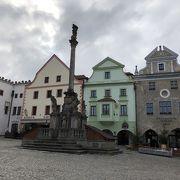 チェスキークルムロフ旧市街中心地です。