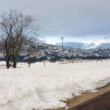 3月でも雪の残る 地方です。