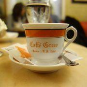 ローマでサイコーのカフェ。雰囲気がすばらしい。コーヒーもおいしい。