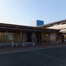 駅前です。