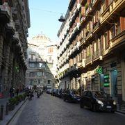 ナポリのモンクレールはオススメ