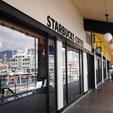 スターバックスコーヒー 神戸ハーバーランドumie店