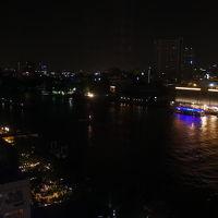 夜 右側はRiver City Bangkok