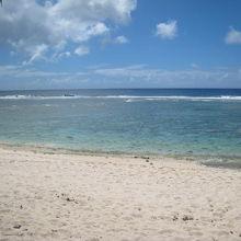 海はきれいです。グアムはどこもきれいでしょうが。