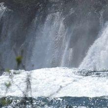 Kravicaの滝。水量がすごかった。